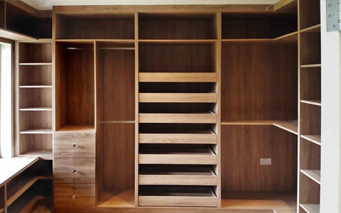 Mod Craft Walk-in-Wardrobe 5